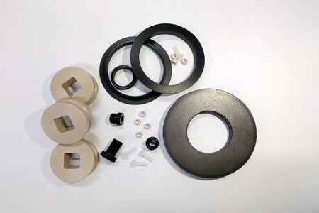 工程塑膠 - CNC精密加工